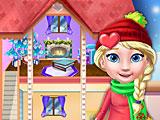 Новогодний кукольный домик Эльзы