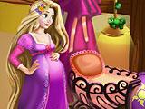Беременная Рапунцель готовит комнату для малыша