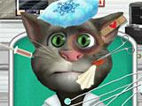 Говорящий кот Том в машине скорой помощи