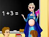 Холодное сердце: беременная учитель Эльза в школе