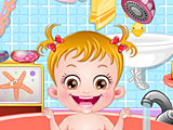 Малышка Хейзел в ванной