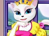 Королева Анжела ремонтирует замок