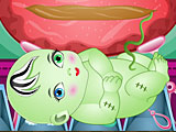Беременная Фрэнки Штейн рожает