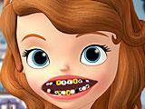 София лечит зубы