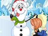 Эльза и Анна лепят снеговика
