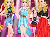 Принцессы блондинки веселятся