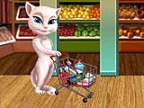 Анжела в магазине за покупками