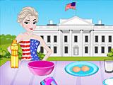 Эльза готовит торт с американским флагом