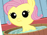 Уход за малышкой пони Флаттершай