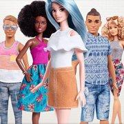 Игра Игра Барби наряди команду