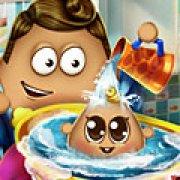 Игра Игра Поу купает малыша