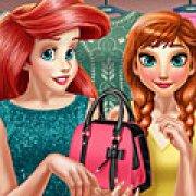 Игра Игра Принцессы Диснея: Анна и Ариэль в раздевалке