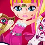 Игра Игра Малышка Барби раненый супергерой