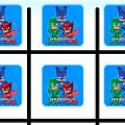 Игра Игра Герои в масках крестики нолики