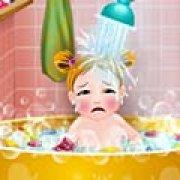 Игра Игра Первое купание младенца